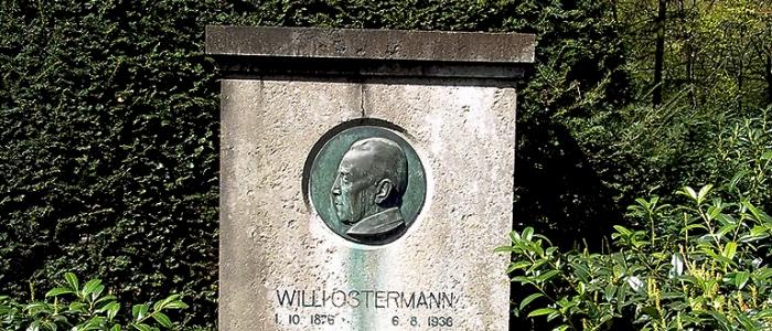 Grabstein von Willi Ostermann auf dem Melatenfriedhof. Foto: Rudolpf Kleymann.