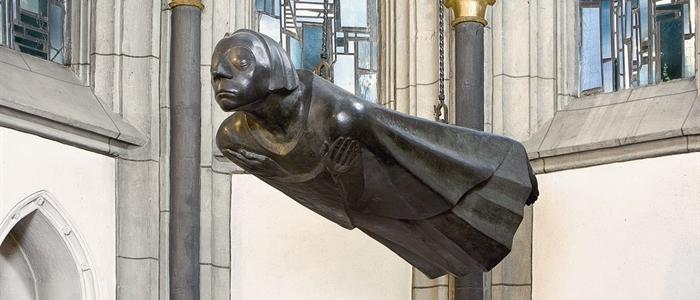 Ernst Barlachs Schwebender in der Antoniterkirche Köln